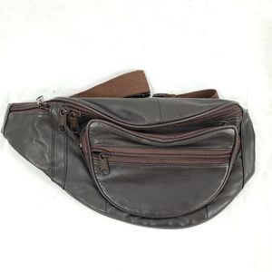 Leather fanny pack brown